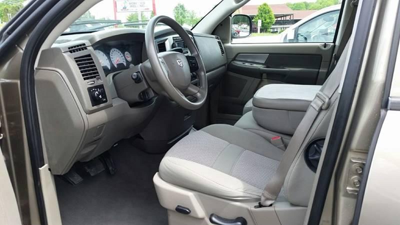 2007 Dodge Ram Pickup 1500 SLT 4dr Quad Cab 4WD SB - Somerset PA
