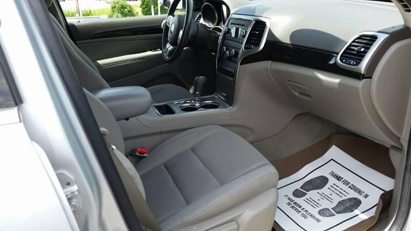 2012 Jeep Grand Cherokee 4x4 Laredo 4dr SUV - Somerset PA