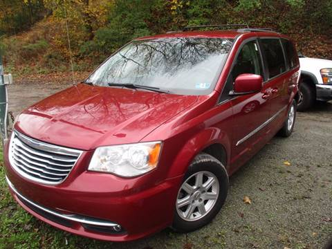 2011 Chrysler Town and Country for sale in Verona, PA