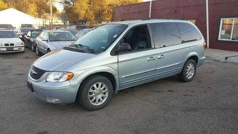 2001 Chrysler Town and Country for sale in Englewood, CO