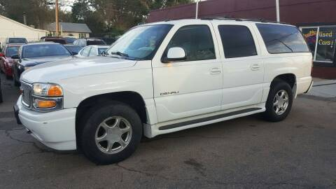 2004 GMC Yukon XL for sale at B Quality Auto Check in Englewood CO