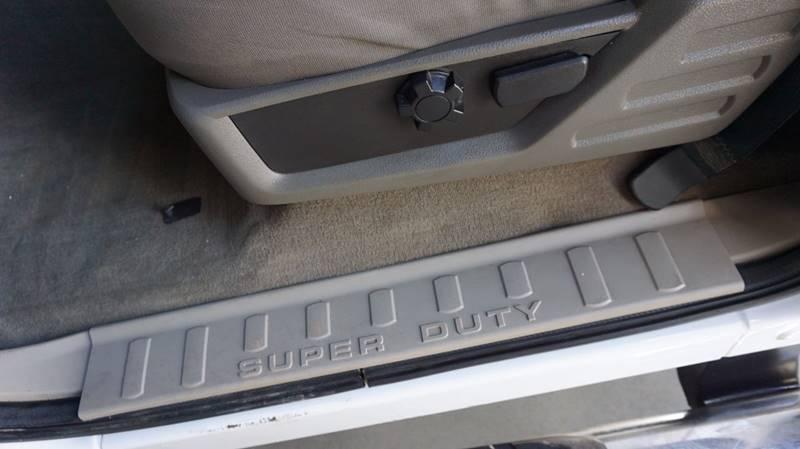 2010 Ford F-250 Super Duty 4x4 XLT 4dr Crew Cab 8 ft. LB Pickup - Houston TX