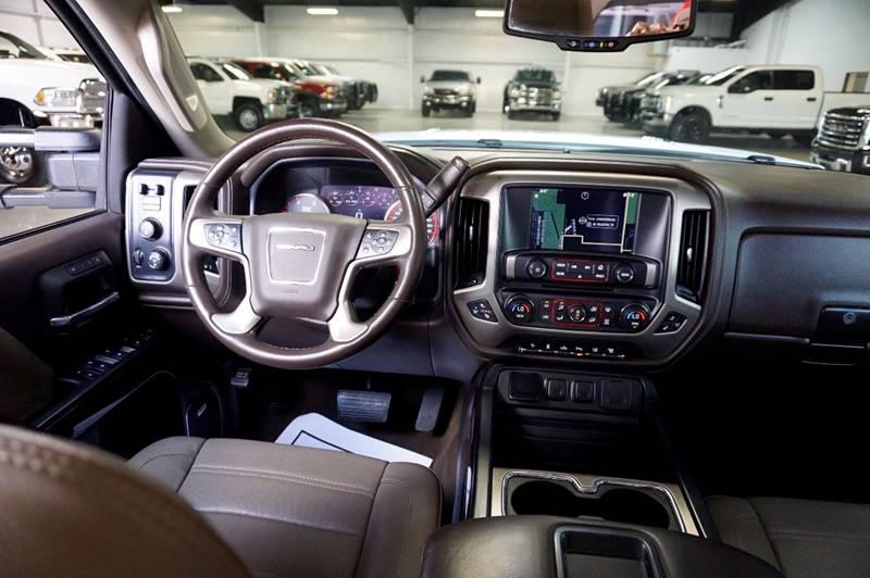2015 GMC Sierra 3500HD 4x4 Denali 4dr Crew Cab DRW - Houston TX