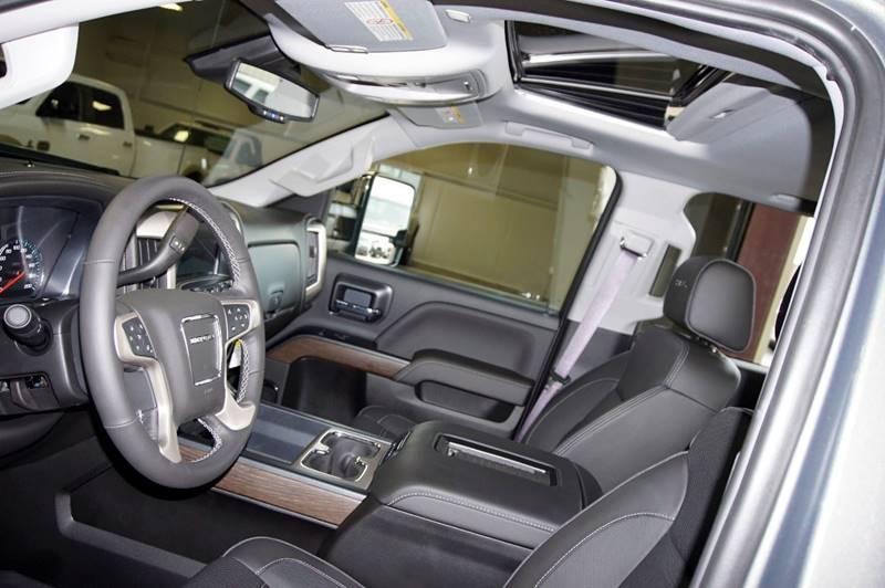 2017 GMC Sierra 3500HD 4x4 Denali 4dr Crew Cab LB SRW - Houston TX