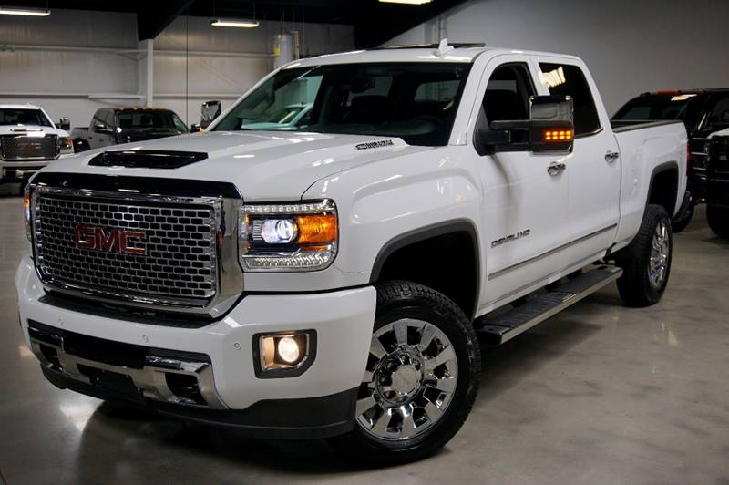 2017 gmc sierra 2500hd 4x4 denali 4dr crew cab sb in houston tx diesel of houston. Black Bedroom Furniture Sets. Home Design Ideas
