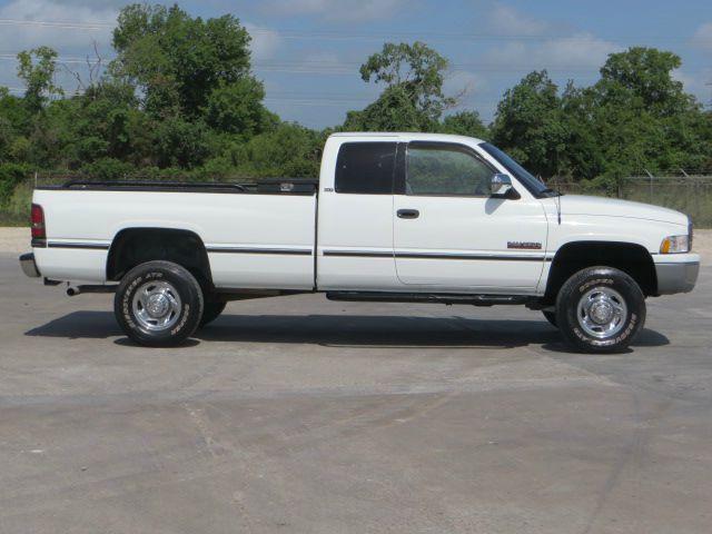 1997 Dodge Ram Pickup 2500 12v 4x4 Diesel Lwb 5spd Manual In Houston