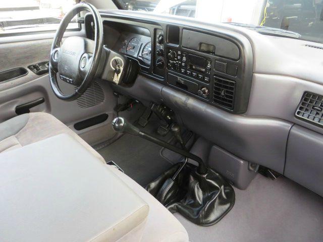 1997 dodge ram pickup 2500 12v 4x4 diesel lwb 5spd manual in houston rh dieselofhouston com 1997 dodge ram 2500 manual 1997 dodge ram 2500 diesel manual transmission