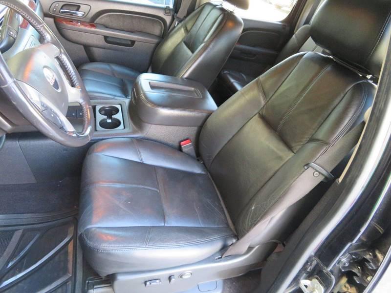 2011 GMC Sierra 3500HD SLT, 6.6L LML DURAMAX DIESEL, 4X4, ALLISON, NAVIGATION, 1-OWNER, CARFAX - Houston TX