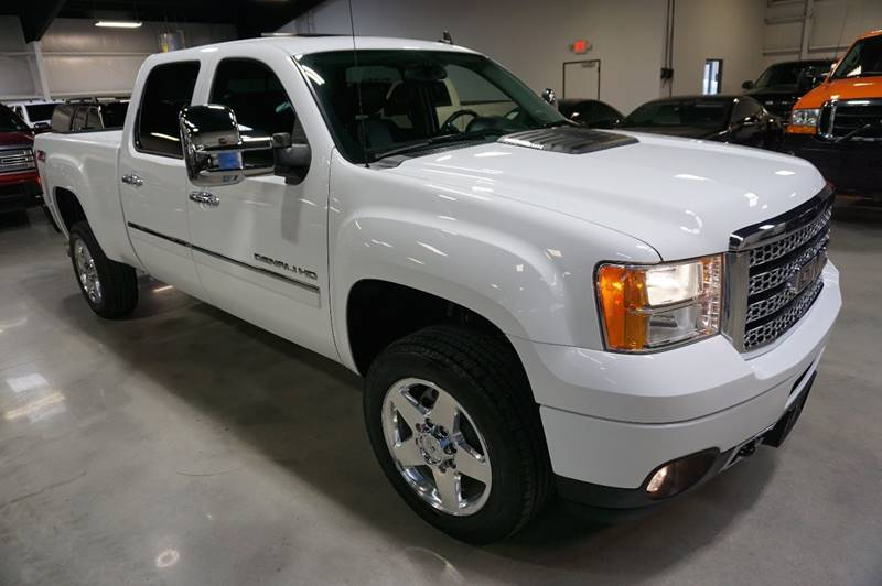 2013 GMC Sierra 2500HD 4x4 Denali 4dr Crew Cab SB - Houston TX