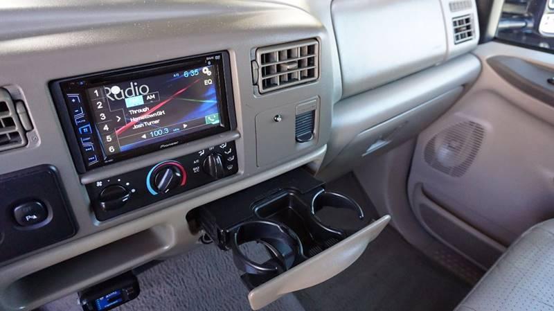 2001 Ford F-250 Super Duty 4dr Crew Cab Lariat 4WD SB - Houston TX
