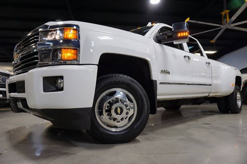 2015 Chevrolet Silverado 3500HD 4x4 High Country 4dr Crew Cab LB DRW - Houston TX