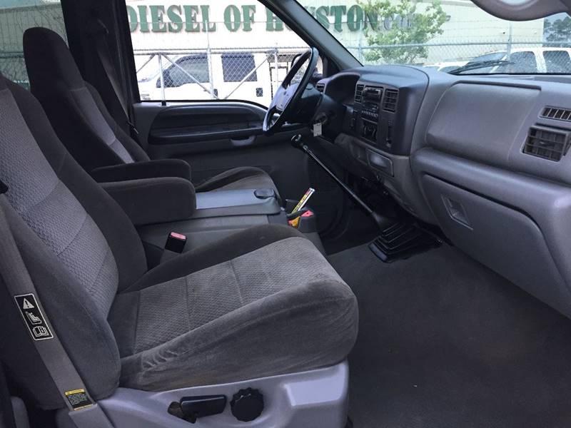 2002 Ford F-350 Super Duty 4dr Crew Cab XLT 4WD LB DRW - Houston TX