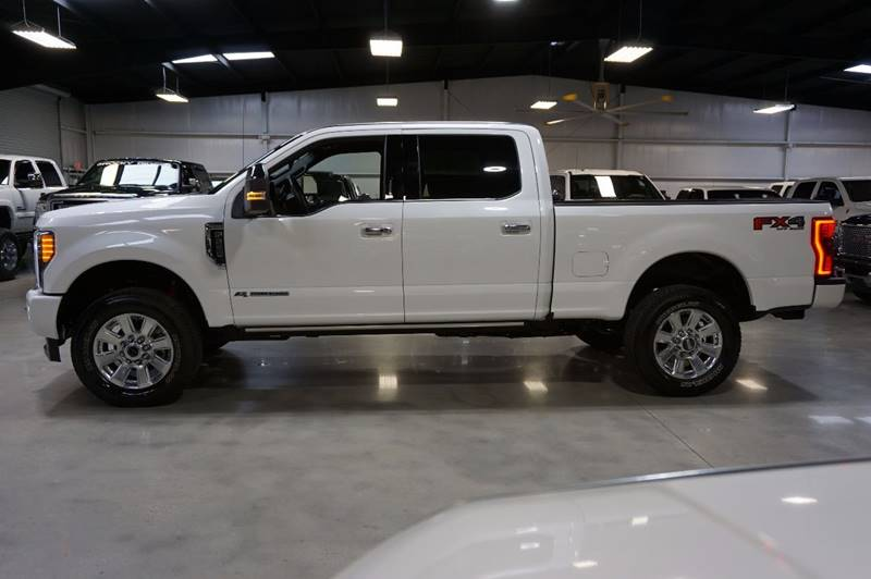 2017 Ford F-250 Super Duty 4x4 Platinum 4dr Crew Cab 6.8 ft. SB Pickup - Houston TX
