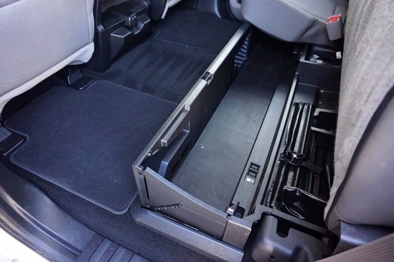 2017 Ford F-250 Super Duty 4x4 XLT 4dr Crew Cab 6.8 ft. SB Pickup - Houston TX
