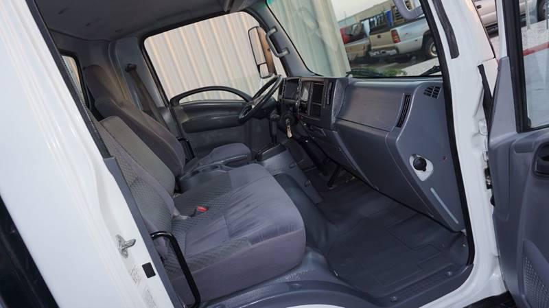 2011 Isuzu Pickup NPR - Houston TX