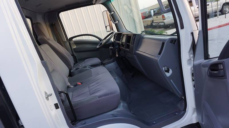 2011 Isuzu Pickup NPR - Houston TX