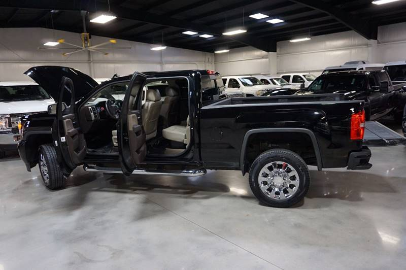 2015 GMC Sierra 2500HD 4x4 Denali 4dr Crew Cab SB - Houston TX