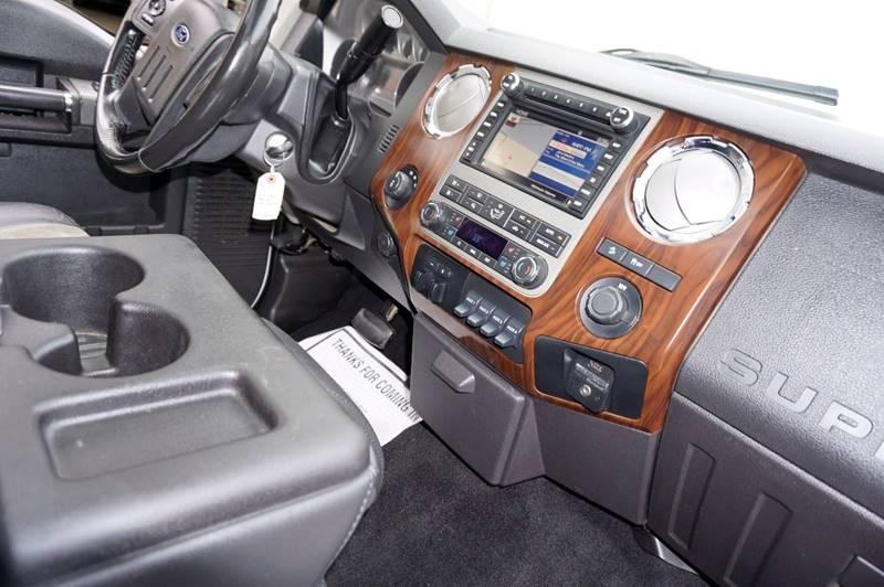 2011 Ford F-250 Super Duty 4x4 Lariat 4dr Crew Cab 8 ft. LB Pickup - Houston TX