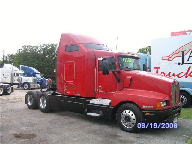 1996 Kenworth T600 for sale at JAG TRUCK SALES in Houston TX