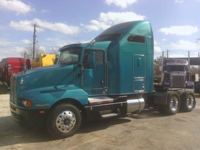 2007 Kenworth T600 for sale at JAG TRUCK SALES in Houston TX