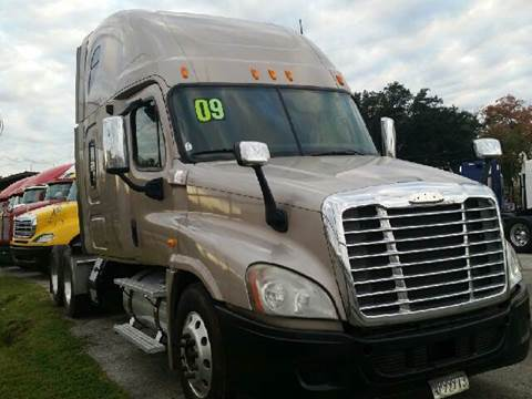 2009 Freightliner Cascadia for sale at JAG TRUCK SALES in Houston TX