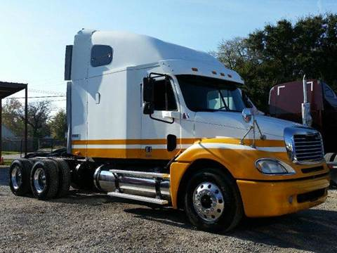 2004 Freightliner Columbia for sale at JAG TRUCK SALES in Houston TX