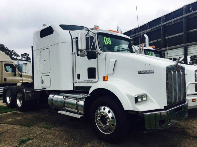 2009 Kenworth T800 for sale at JAG TRUCK SALES in Houston TX