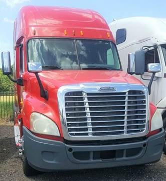 2010 Freightliner Cascadia for sale at JAG TRUCK SALES in Houston TX