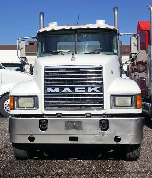 2006 Mack CH613 for sale at JAG TRUCK SALES in Houston TX