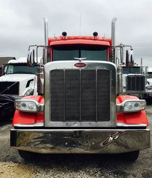 2012 Peterbilt 389 for sale in Houston, TX