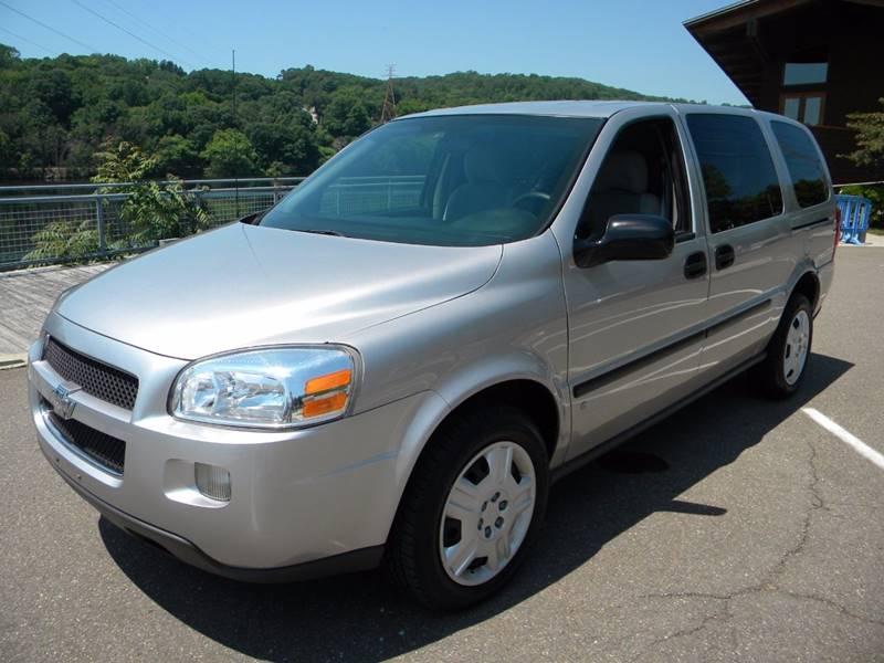 2008 Chevrolet Uplander 4dr Extended Cargo Mini-Van - Derby CT