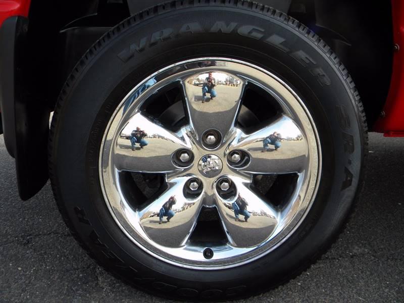 2004 Dodge Ram Pickup 1500 4dr Laramie 4WD Quad Cab SB - Derby CT