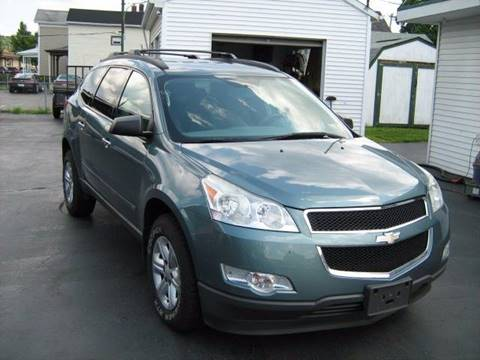 2009 Chevrolet Traverse for sale at D & P AUTO SALES in New Brighton PA