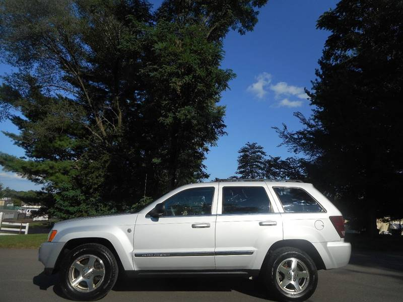 2006 Jeep Grand Cherokee Limited 4dr SUV 4WD w/ Front Side Airbags - Leesburg VA