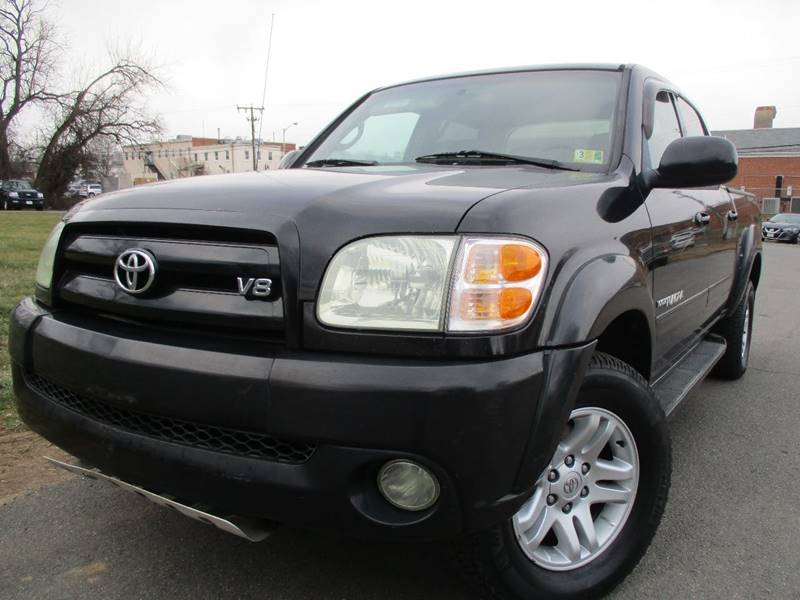 Toyota Tundra 2004 Limited 4dr Double Cab 4WD SB V8