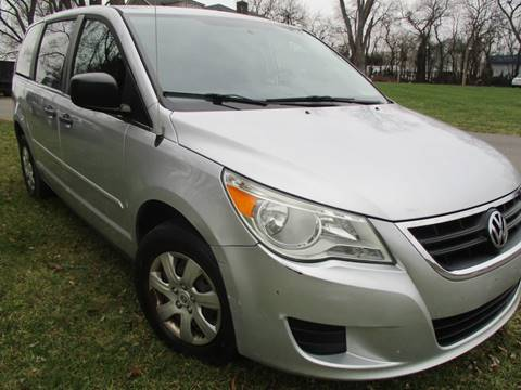 2010 Volkswagen Routan for sale in Leesburg, VA