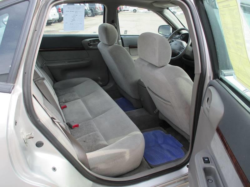 2005 Chevrolet Impala LS 4dr Sedan - Pontiac MI