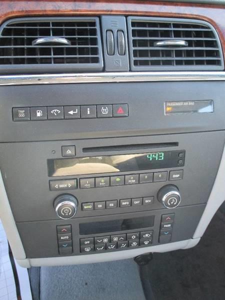 2006 Buick LaCrosse CX 4dr Sedan - Pontiac MI
