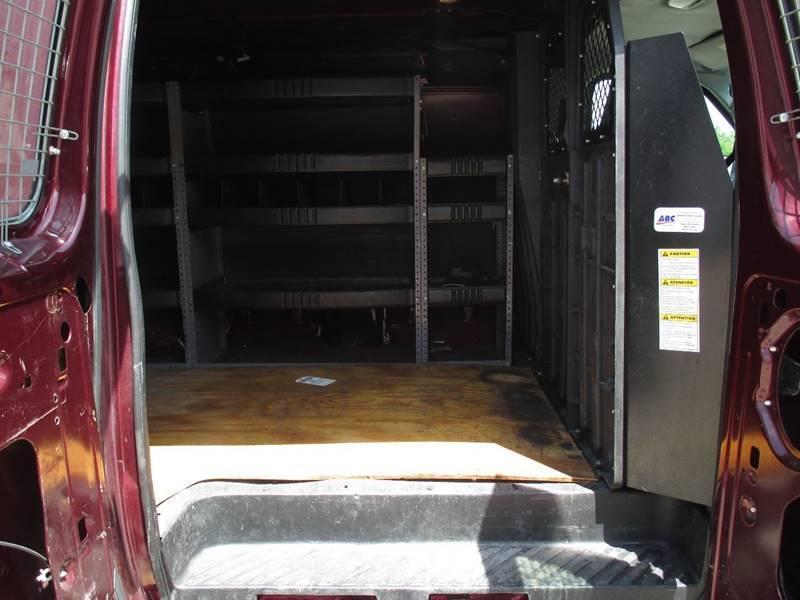 2006 Ford E-Series Cargo E-350 SD 3dr Extended Cargo Van - Pontiac MI
