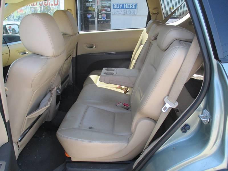 2006 Subaru B9 Tribeca AWD 7-Passenger 4dr SUV w/Beige Int. - Pontiac MI