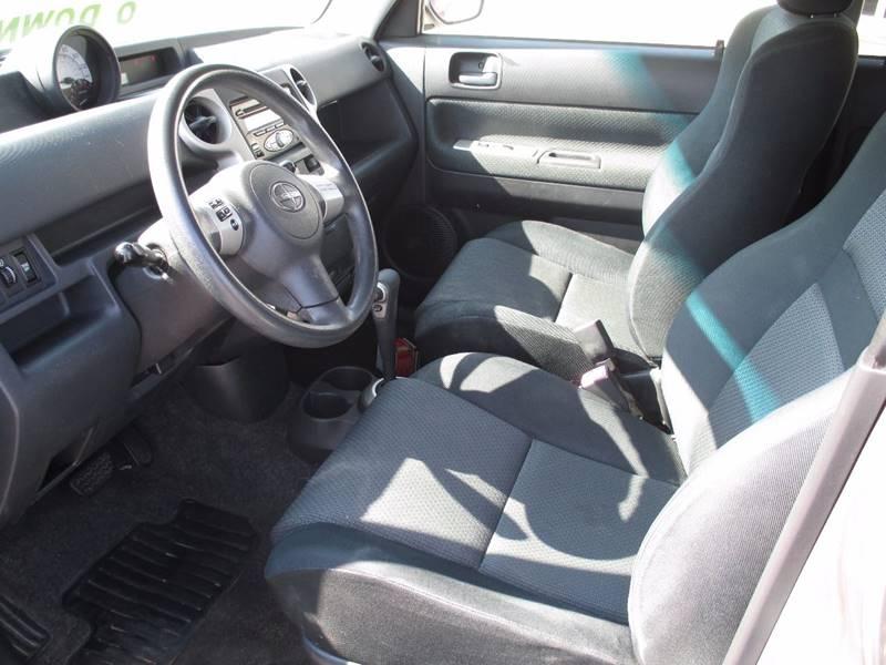 2006 Scion xB 4dr Wagon w/Automatic - Pontiac MI