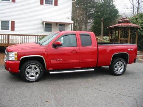 2010 Chevrolet Silverado 1500 for sale at Southern Used Cars in Dobson NC
