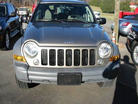 2005 Jeep Liberty for sale at Southern Used Cars in Dobson NC