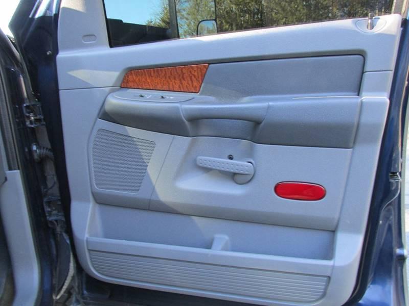 2006 Dodge Ram Pickup 2500 SLT 4dr Mega Cab 4WD SB - Charlotte NC
