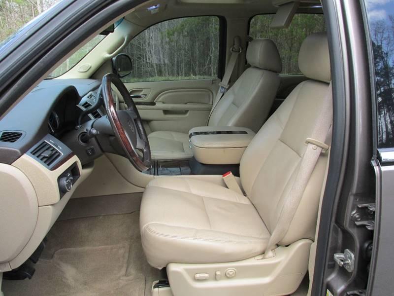 2011 Cadillac Escalade ESV AWD Luxury 4dr SUV - Charlotte NC
