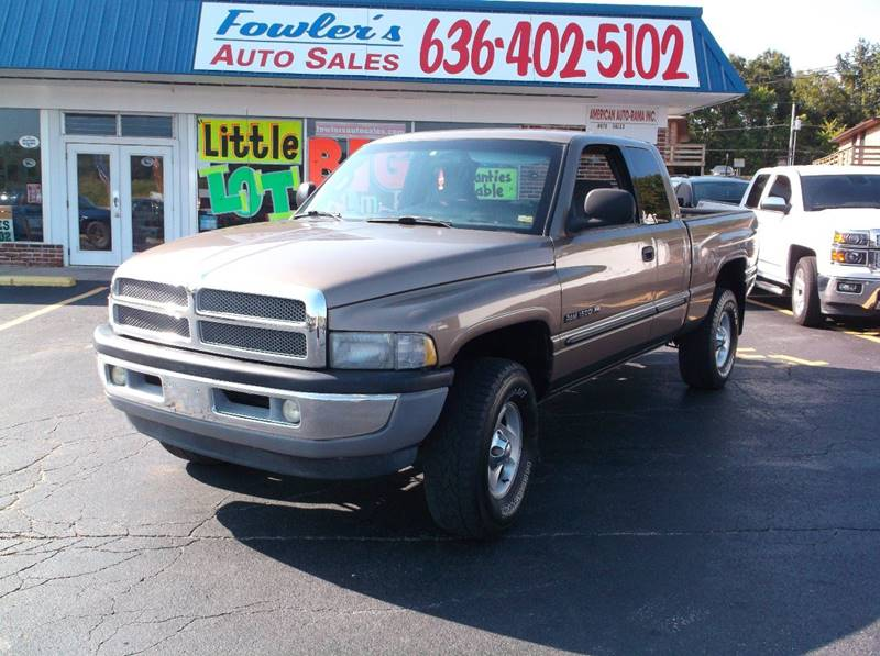 2001 Dodge Ram Pickup 1500 for sale at Fowler's Auto Sales in Pacific MO