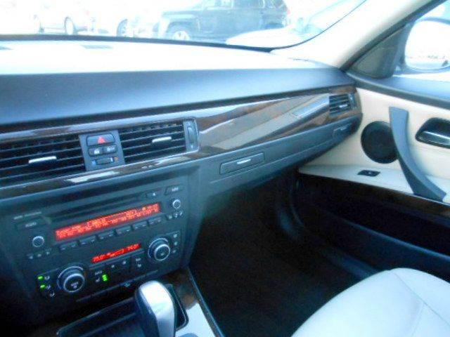 2011 BMW 3 Series AWD 328i xDrive 4dr Sedan SULEV - Framingham MA