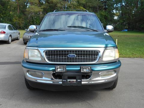 1998 Ford Expedition for sale in Mount Morris, MI
