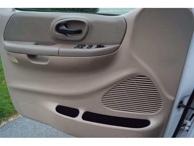 2000 Ford F-150 XL - Swansea MA