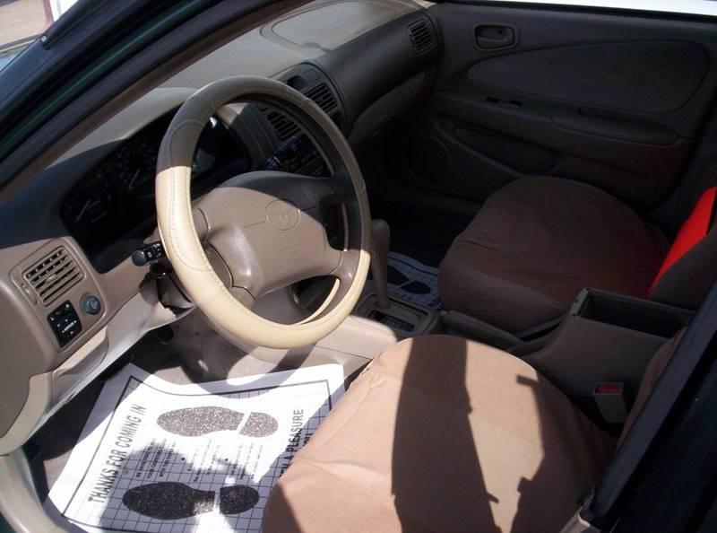 2002 Toyota Corolla LE 4dr Sedan - Loves Park IL